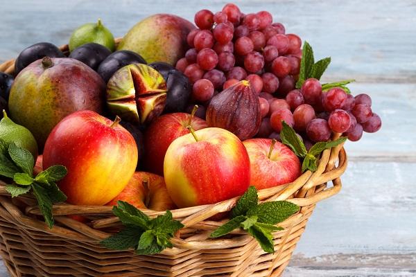 Cesti di frutta fresca da regalare, il regalo green per ogni occasione